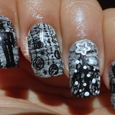 Unconventional Christmas nail art by Nicky