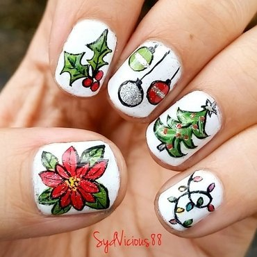 Christmas time nail art by SydVicious