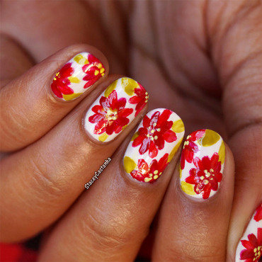 Chritmas 20poinsettia 20nailart. thumb370f