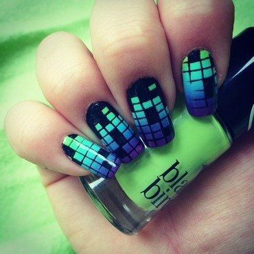 geometric gradients- music equalizer  nail art by The_Roadrunner