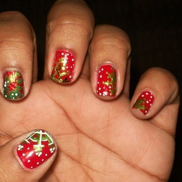 Holiday colored Snowflakes nail art by Toni Nailed It