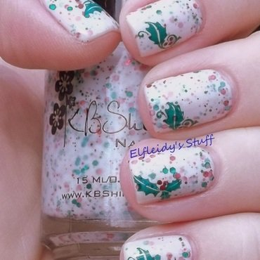 Holly berry mani nail art by Jenette Maitland-Tomblin