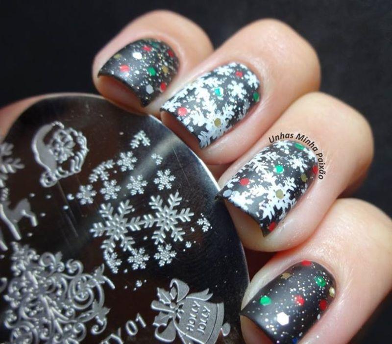 Dazzling Glitter Snowflake Christmas Stamping Nail  nail art by Born Pretty