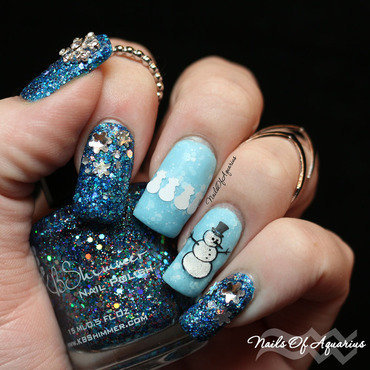 It's Frosty nail art by Karolyn