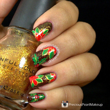 Poinsettia Flowers nail art by Pearl P.