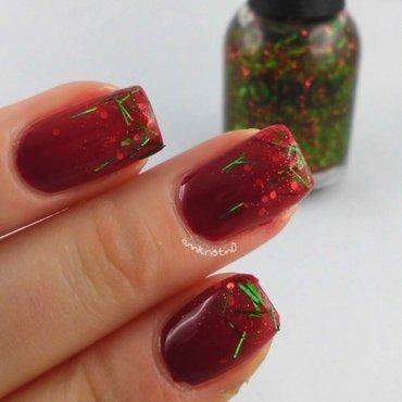 Tinsel Glitter Gradient nail art by Ann-Kristin