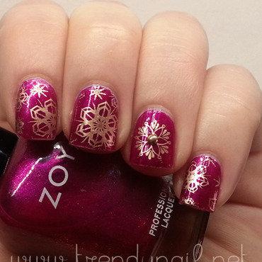 Fuchsia Snowflakes nail art by The Call of Beauty