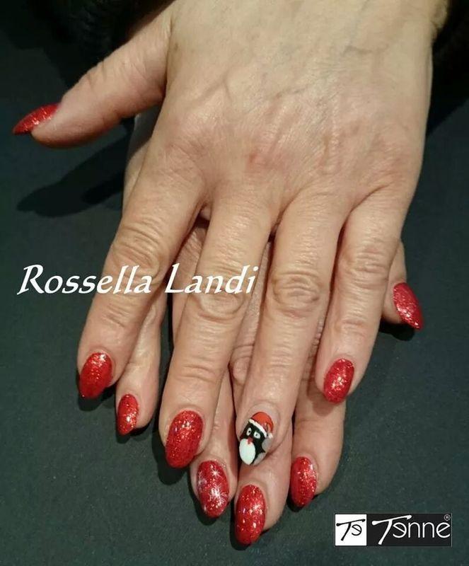 Piguino Natalizio nail art by Rossella Landi