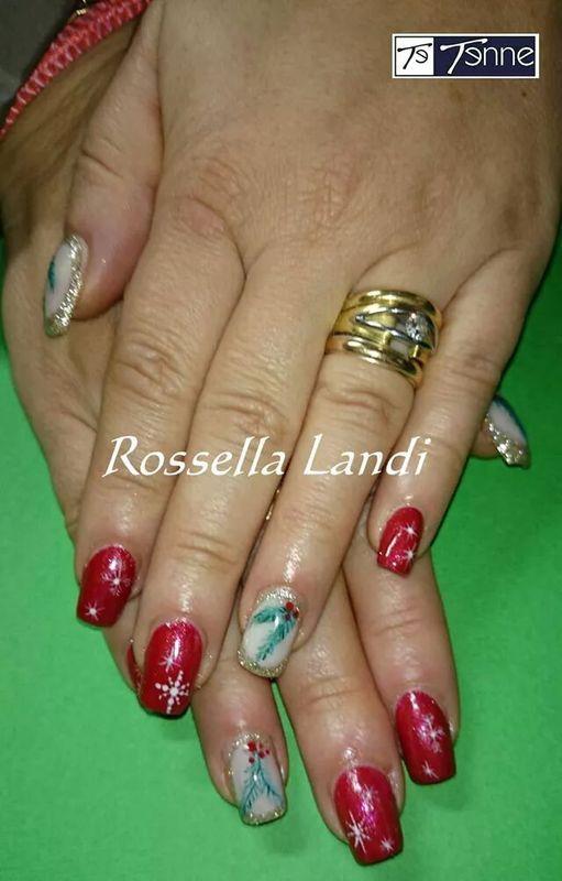 It' s Christmas !  nail art by Rossella Landi