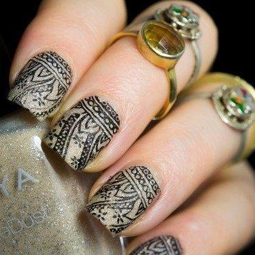 Henna nail art 8 thumb370f