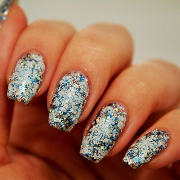 Let it snow,let it snow..... nail art by Jane