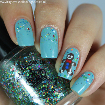 Gingerbread Man nail art by Vicky Standage