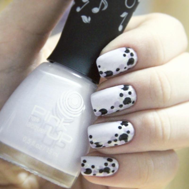 Dots nail art by cheshirrr