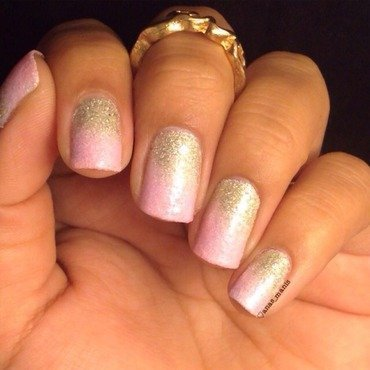 Textured gradient nail art by anas_manis