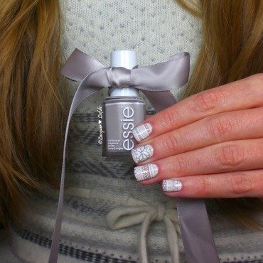 Winter Dress - for my Nails and Me  nail art by Anna