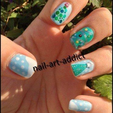 Nail Art : Sapins nail art by SowNails