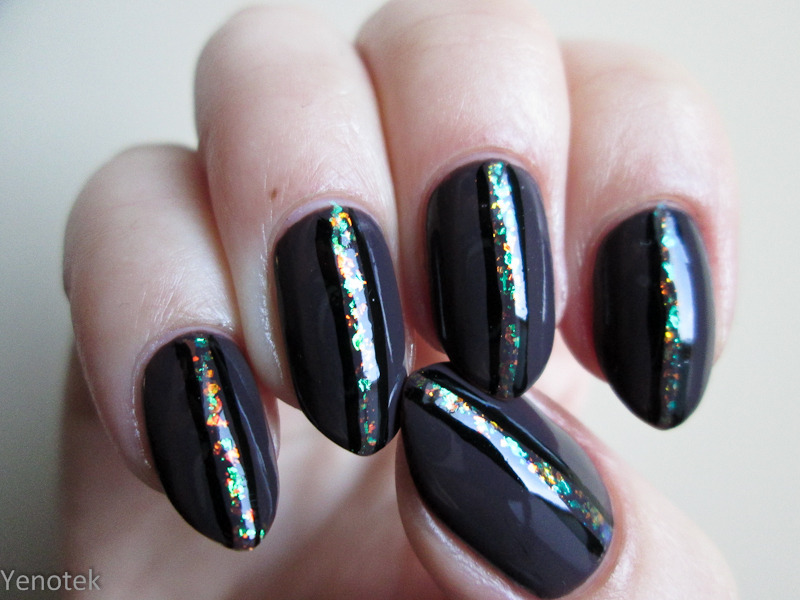 Midnight Taupe with flakes stripes nail art by Yenotek