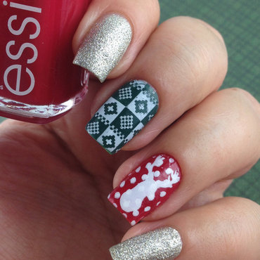 Essie 20she s 20pampered 2c 20beyond 20cozy 2c 20going 20incognito 20 2  thumb370f