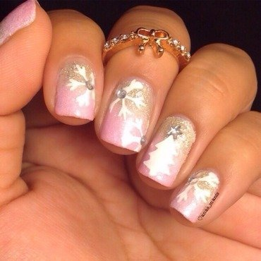 Pink winter gradient nail art by anas_manis