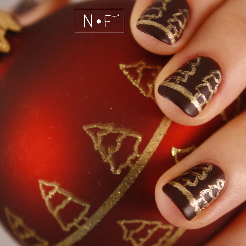 Inspired by an ornament nail art by NerdyFleurty
