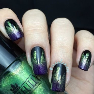 Maleficent 20gradient 20flame 20nails thumb370f