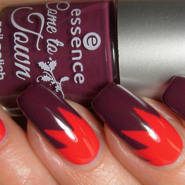 Essence Naughty or Nice? Swatch by greeench