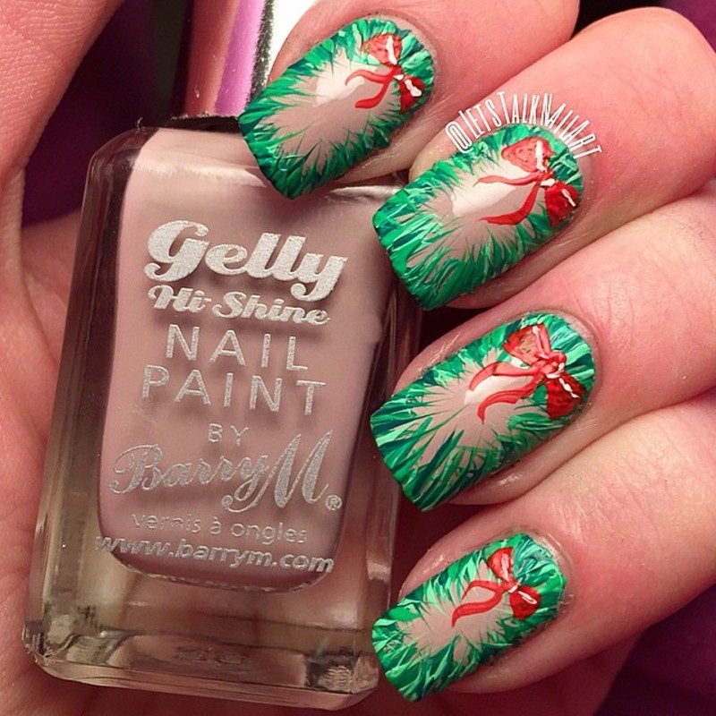 Wreath Nails nail art by Lottie