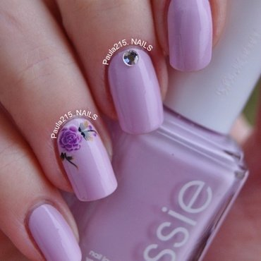 Violet rose. nail art by Paula215. NAILS
