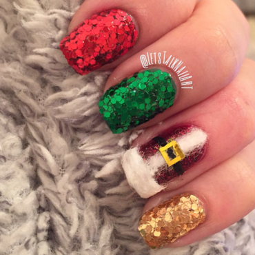 Santa's Jacket and GLITTER nail art by Lottie