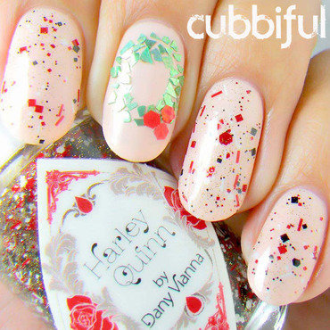 Garland Nails nail art by Cubbiful