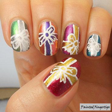 Gift nail art thumb370f