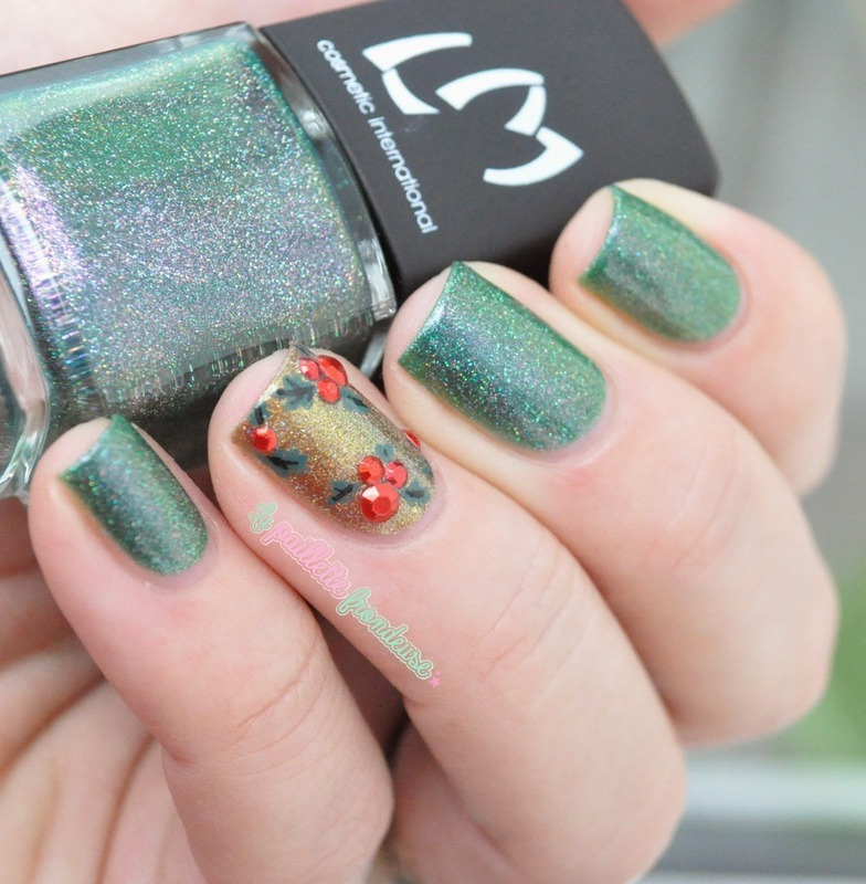 christmas holy nail art by nathalie lapaillettefrondeuse