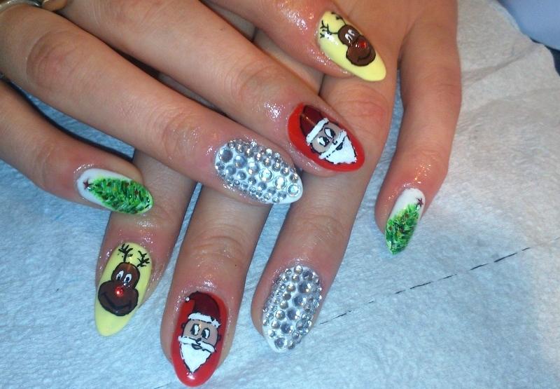 Christmas ;) nail art by Lakierowniczka