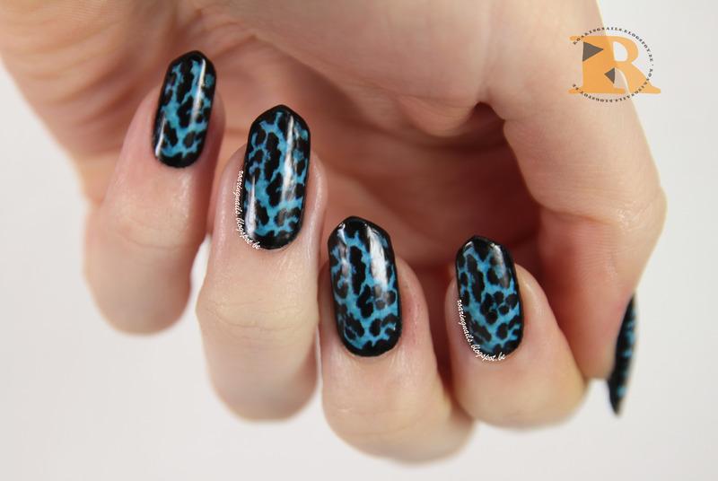 OMG Blue Leopard Nail Polish Strips nail art by Robin
