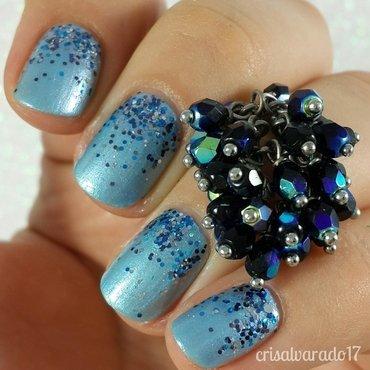 Frosty glitter gradient nail art by Cristina Alvarado