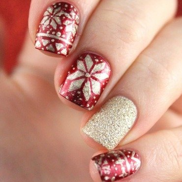 Christmas fair isle nail art by Cocosnailss