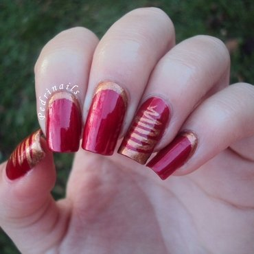 Red and golden ruffian manicure for Christmas nail art by Pedrinails