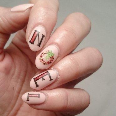 noel nail art by Charlotte