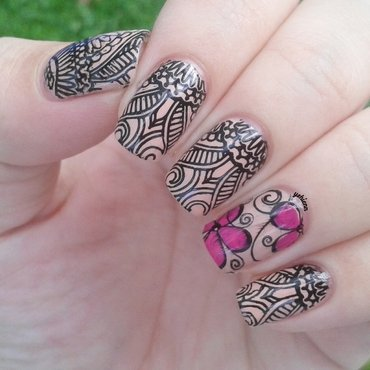 Batik print nail art by Shien