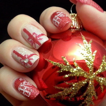 Gift for Christmas nail art by Alice in Wonderland CZ