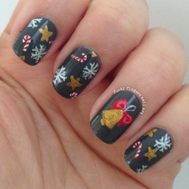 christmas nails nail art by Funky fingers nail art