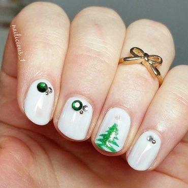 Christmas tree nail art by nailicious_1
