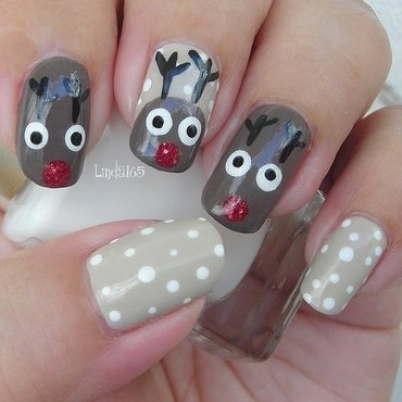 Rudolph Nails nail art by Iliana S.