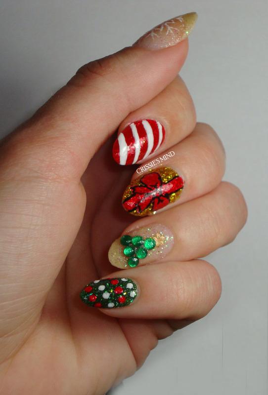 Merry Christmas! nail art by Christina