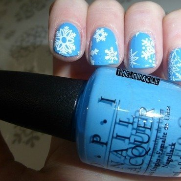 Snowflakes nail art by The_Oracle