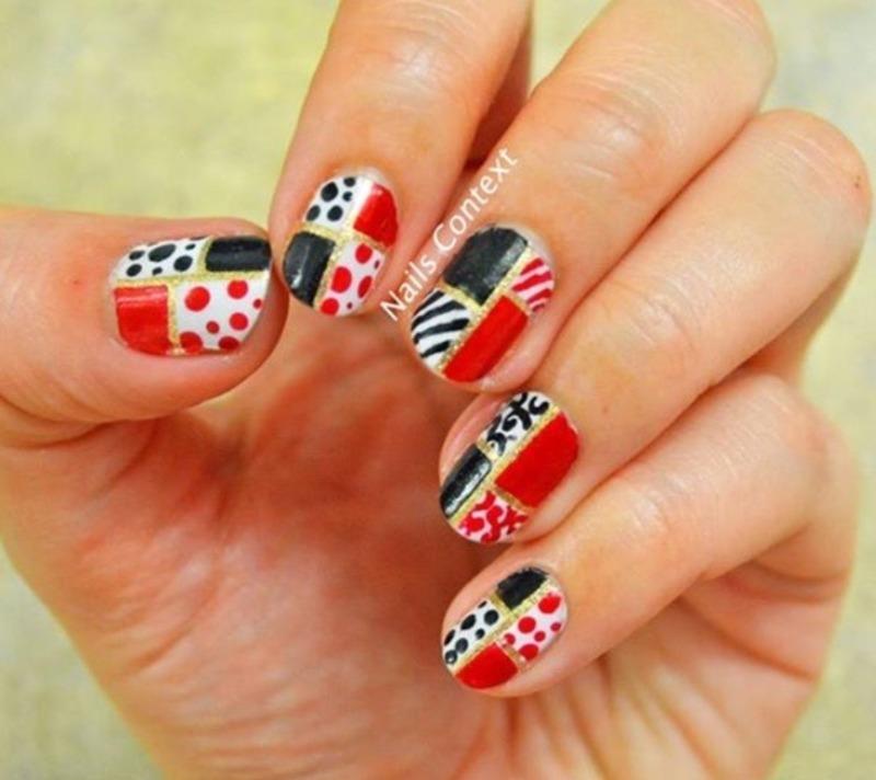 Retro Christmas Nail Art nail art by NailsContext