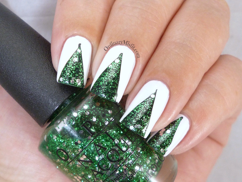 Oh Christmas tree... nail art by Michelle