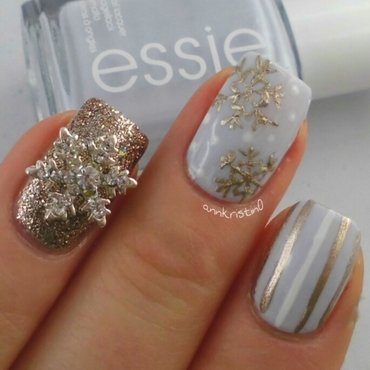 Winter Snowflake Nails  by @AnnKristin0