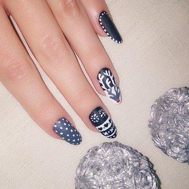 Reindeer nail art by Houry K