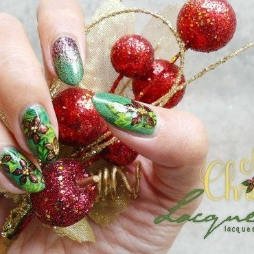 Christmas Poinsettia nail art by Lacqueerisa